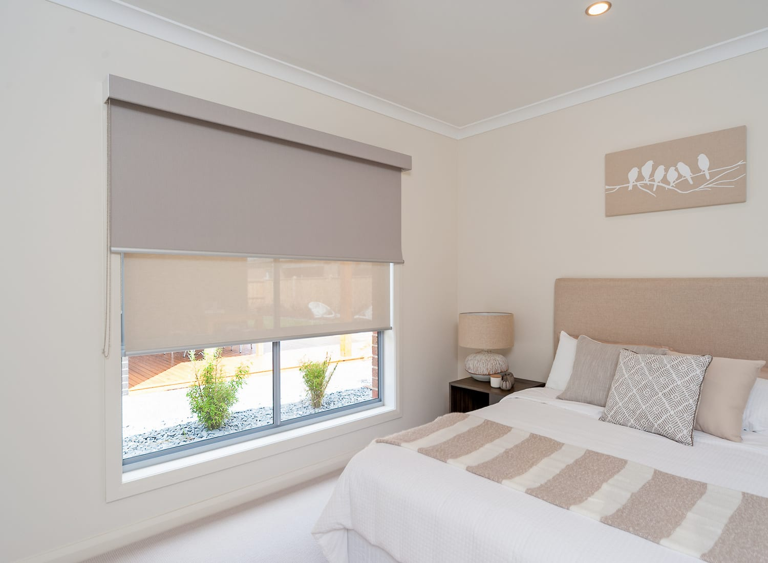 Colourvue-Roller-Blinds-Bedroom